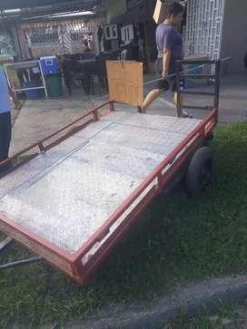 Vendo trailer para moto.  ancho y largo