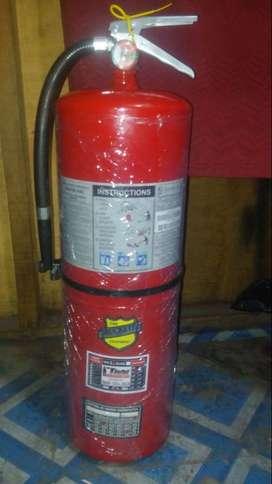 Vendo Extintor UL 30 Libras Buckeye Ocasión Seminuevo Con Certificado De Garantia Y Operatividad Cargado Con Pqs Al 90%