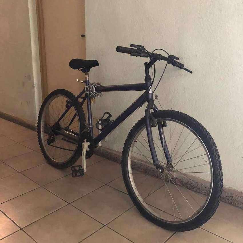 Bicicleta rodado 26 con cambios 0