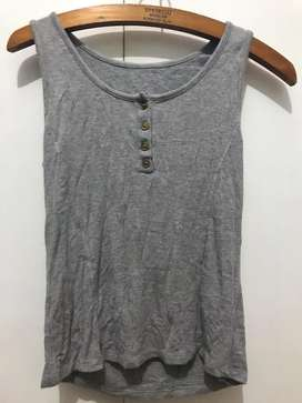 Musculosa Gris