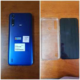 Motorola  g8 power Lite,viene con su cargador y dos funditas la original y una en rosa