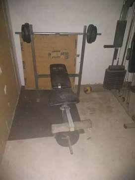 2 Máquinas de hacer ejercicio