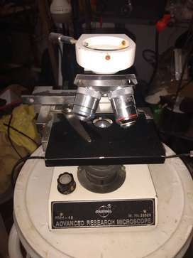 Se vende microscopio en el estado que se encuentra para coleccionistas
