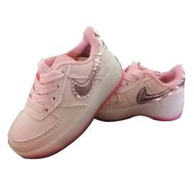 Zapatos Tenis Unicolor Goma Blanca De Luces Para Niñas P.s