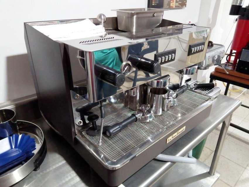 Maquina Café Espresso 2 Grupos  Molino 0