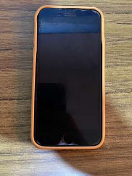 Se vende iphone 7 (no entra sim)