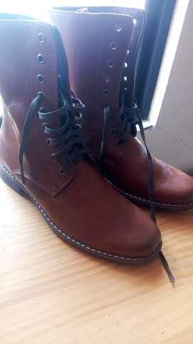 Botas botines de cuero auténtico