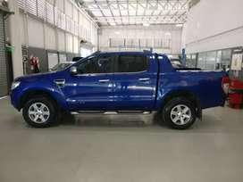 Ford ranger limited 4x4 pocos km permuto financio