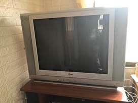 TV LG Modelo 2005 27'