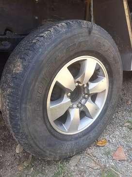 """Vendo rines 16"""" de Toyota con Lltas"""