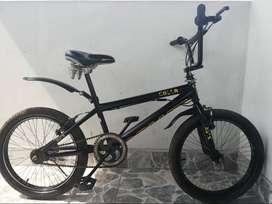 bicicleta BMX ( GOLIAT )