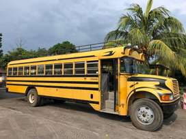 VENDO BUS BLUE BIRD MOD. 94