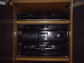 Vendo equipo de audio panasonic con mueble