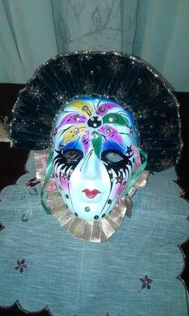 mascaras decoradas a mano estilo veneciano