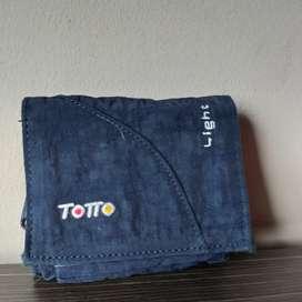 Vendo billetera marca totto