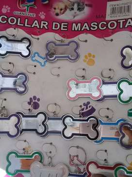 Placas pecheras y collares