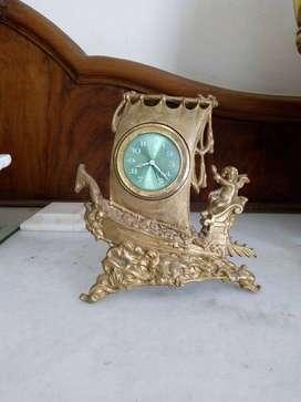 Reloj alemán a cuerda