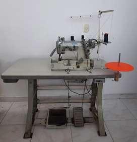 Maquina de coser Industrial marca Pegasus