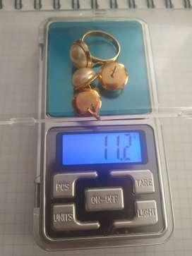 Juego de perlas en oro 18 k