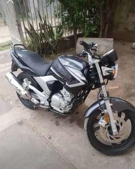 Yamaha YBR 250 2014