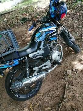 Vendo moto libero 125