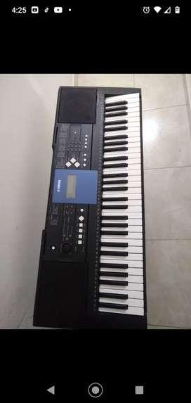 Yamaha psr 333