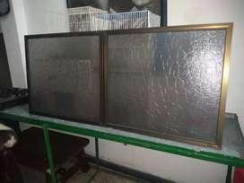 Vendo día ventanas con sus Marco.71x61 en perfect estado cali nunca se usaron