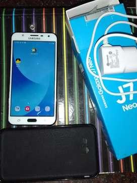 Samsung galaxy J7 Neo, impecable estado en caja. Libre para todas las empresas