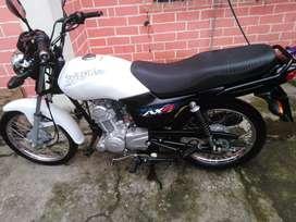 Vendo moto suzuki ax4 2020 nueva flamante. Lista para traspaso