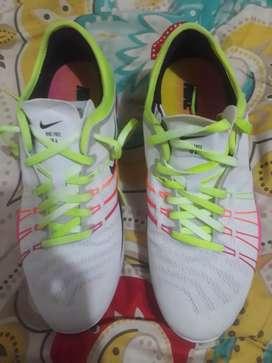 Vendo espectaculares zapatillas Nike Originales