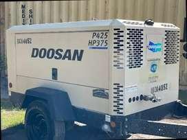 Compresor INGERSOLL-RAND 425/HP375 MODELO 2007 ALTA PRESIÓN SUBE HASTA 175PSI , MOTOR JOHN DEERE 4045TURBO
