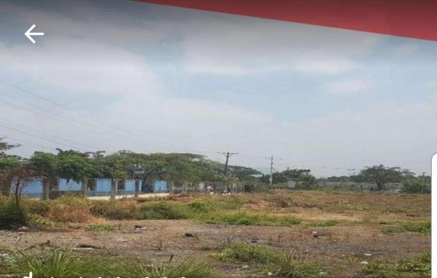 Venta de Terreno en Av. Francisco de Orellana, diagonal al Parque Samanes sector Norte 0