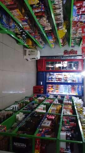 Supermercado en venta con buena clientela