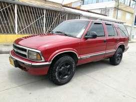 Vendo o permuto Chevrolet Blazer