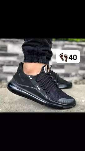 Tenis Nike talla 40
