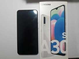 Samsung Galaxy A30S usado