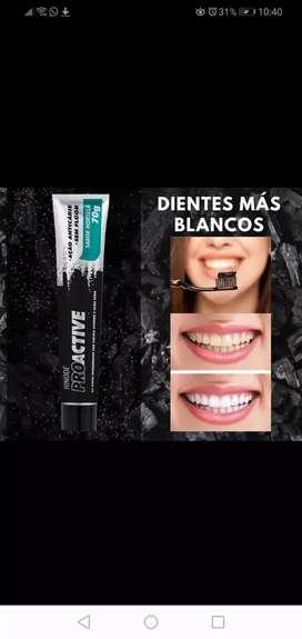 Gel dental carbón activado con aloe vera proactive