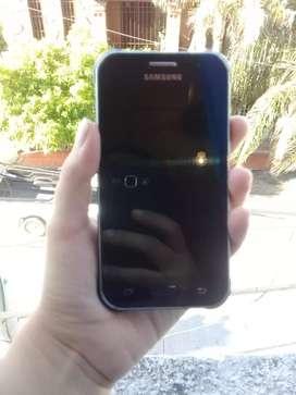 Samsung J1 Ace impecable con Cargador
