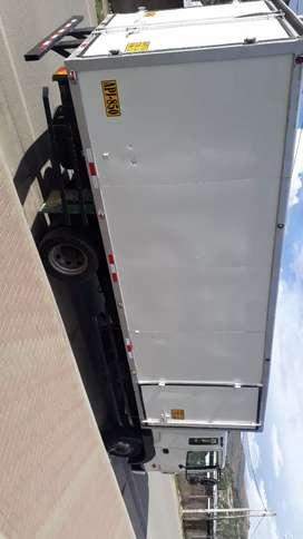 Camión hyunday 120