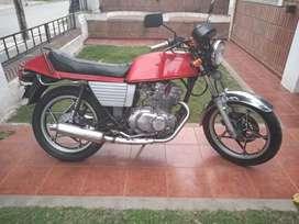 Vendo Suzuki 250 gsx