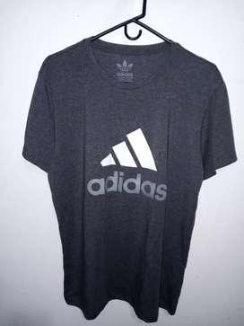 Camisa Adidas gris oscuro