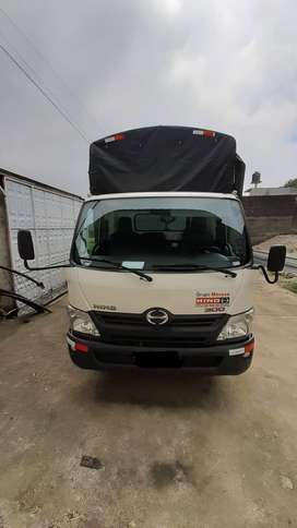 Camion Marca HINO 816