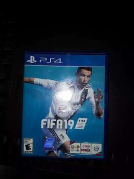 Play station 4 FIFA 19