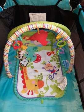 Gimnasio para bebe marca fisher price