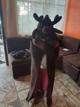 Cobijas con capucha tejidas a mano