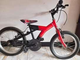 Vendo bicicleta niño de cars