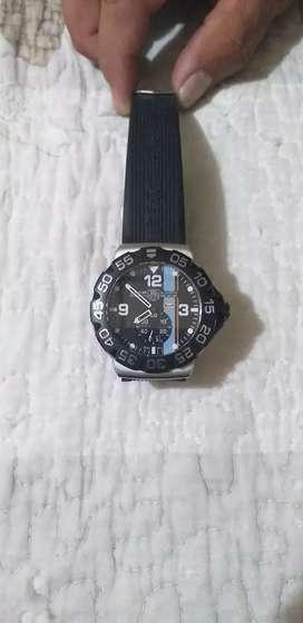 Vendo o Permuto Reloj Por Moto De Marca
