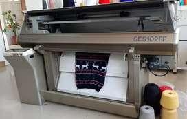 Se vende máquinas japonesas marca Shima Seiki