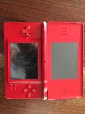 Vendo Nintendo DS, no funciona, para reparar, incluye cargador!
