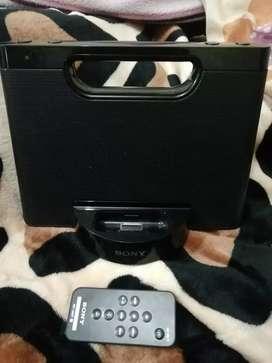 Vendo parlante marca Sony con entrada USB mp3 mp4 iPhone